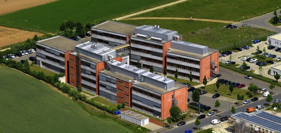 Die IGZ-Gebäude aus der Luftperspektive in Würzburg am Science Park.