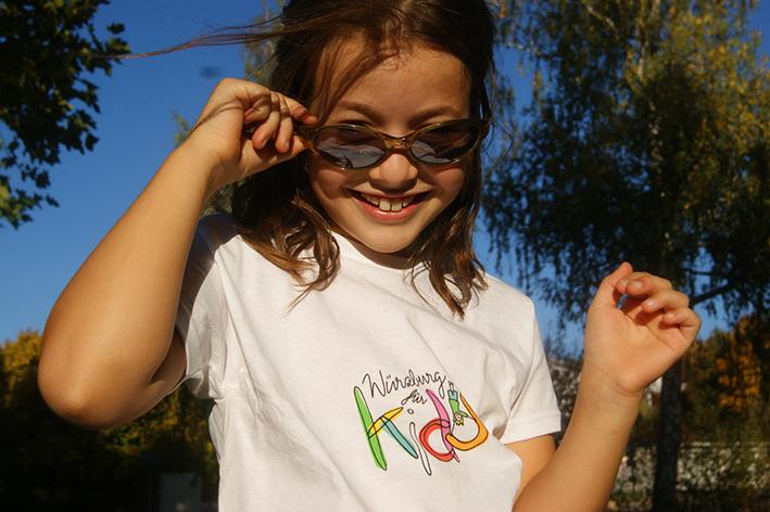 Kind mit Sonnebrille und Würzburg für Kids Shirt